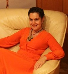 Ирина Соловьева в кабинете.2
